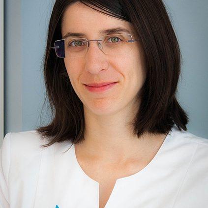 Dra. Sandra Mateo, Dermatóloga